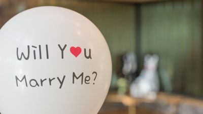 marry-2942081_960_720.jpg